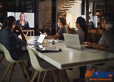 如何在大型会议室设置网络会议系统